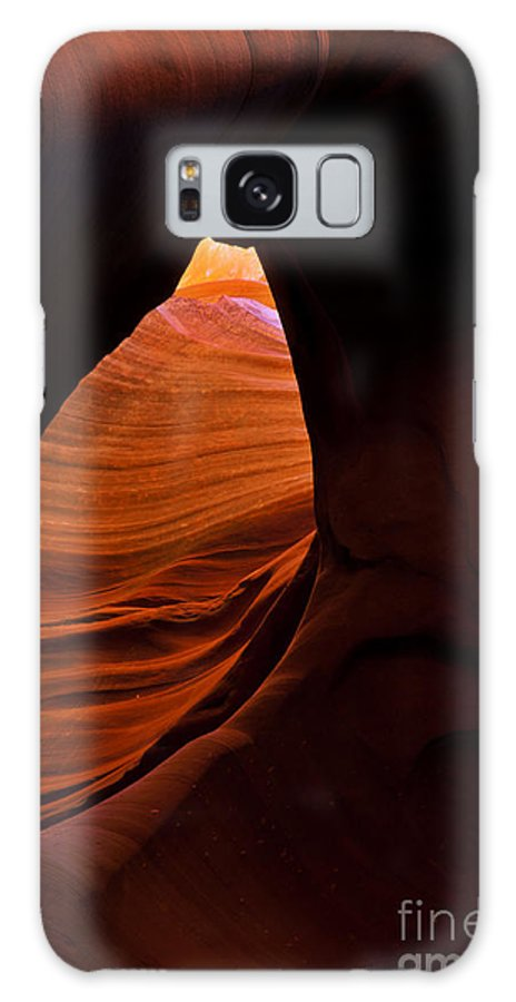 Antelope Canyon Galaxy S8 Case featuring the photograph Eye Of The Desert by Mike Dawson