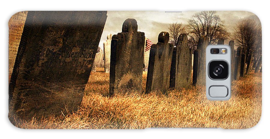 Tomb Stone Galaxy S8 Case featuring the photograph Fallen Comrades Of The Civil War by Paul Ward