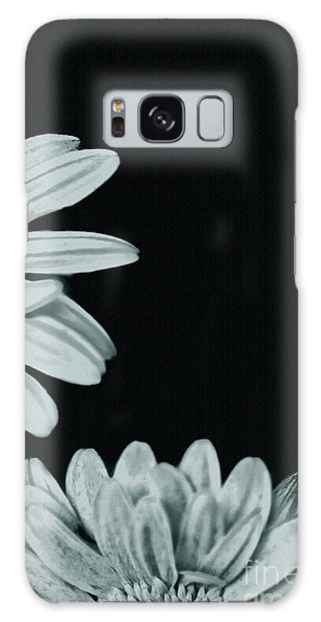 Flora Galaxy S8 Case featuring the photograph Flora Greetings by Kim Henderson