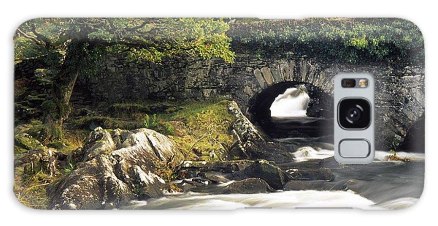 Biosphere Galaxy S8 Case featuring the photograph Galways Bridge, Killarney National by Richard Cummins
