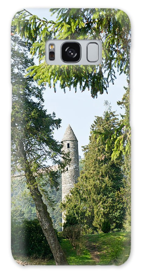 Round Galaxy S8 Case featuring the photograph Glendalaugh Round Tower 12 by Douglas Barnett