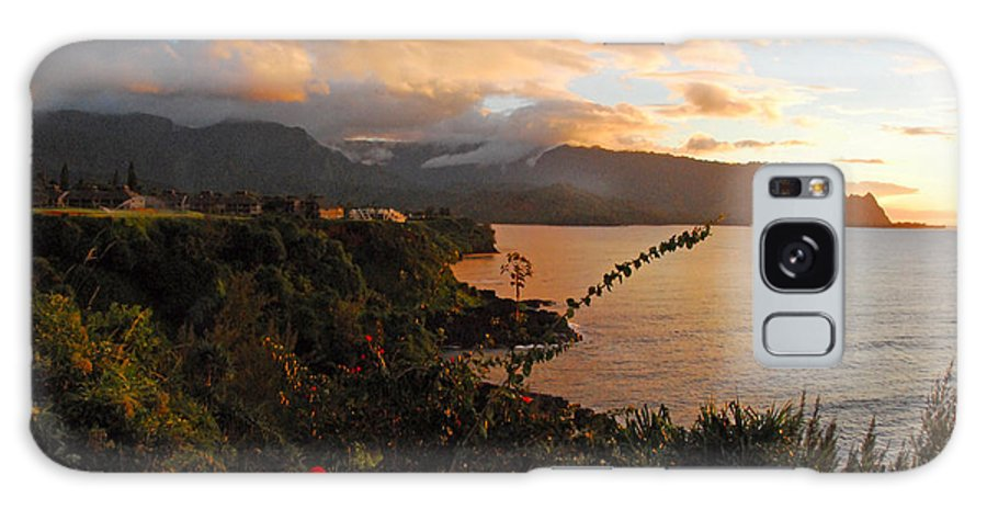 Anini Beach Galaxy S8 Case featuring the photograph Golden Hour by Lynn Bauer