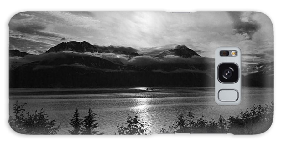 Good Night Seward Galaxy S8 Case featuring the photograph Good Night Seward by Wes and Dotty Weber