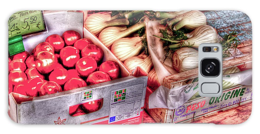 Vegetables Galaxy S8 Case featuring the photograph Hauptmarkt by Bill Lindsay