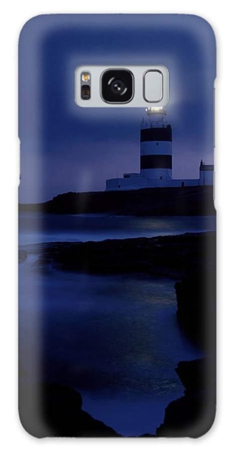 Cummins Galaxy S8 Case featuring the photograph Hook Head Lighthouse, County Wexford by Richard Cummins