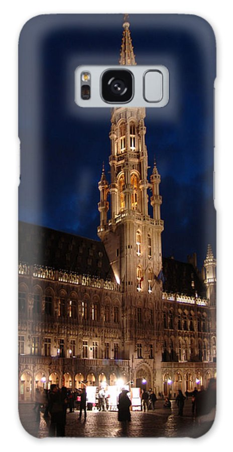 Brussels Galaxy S8 Case featuring the photograph Hotel De Ville De Bruxelles At Night by Alex Vishnevsky