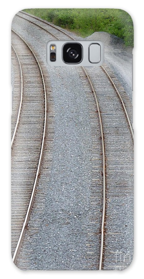 Railroad Galaxy S8 Case featuring the photograph I Curve To The Left 4 by Mark Dodd