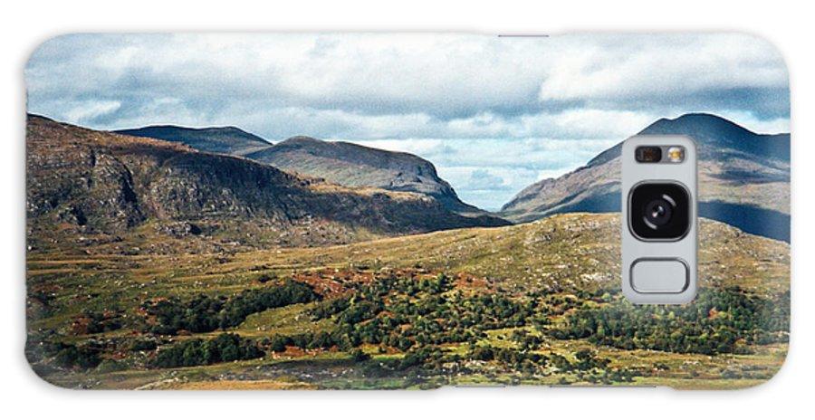 Ireland Galaxy S8 Case featuring the photograph Irish Landscape 100 by Douglas Barnett