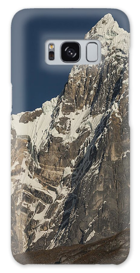 00498202 Galaxy S8 Case featuring the photograph Jirishanca 6090m From Carhuacocha Lake by Colin Monteath