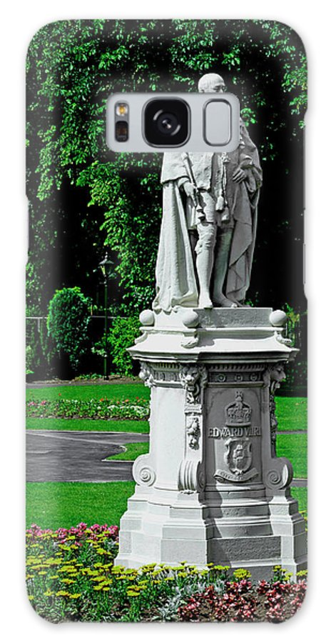 Lichfield Galaxy S8 Case featuring the photograph King Edward Vii Statue - Lichfield by Rod Johnson