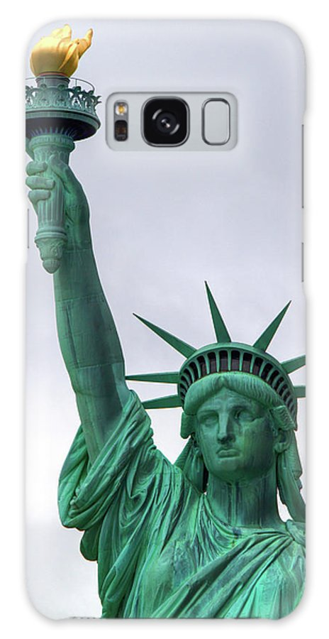 Statue Galaxy S8 Case featuring the photograph Lady Liberty by Bill Lindsay