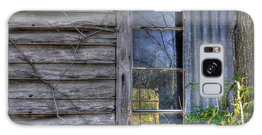 Old House Galaxy S8 Case featuring the photograph Looking Through You by William Fields