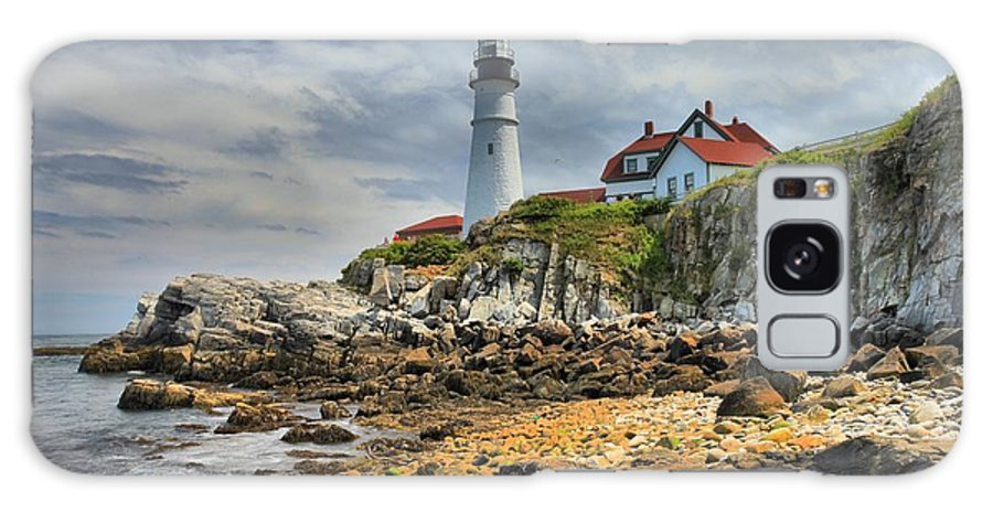 Portland Lighthouse Galaxy S8 Case featuring the photograph Maine Head Light by Adam Jewell