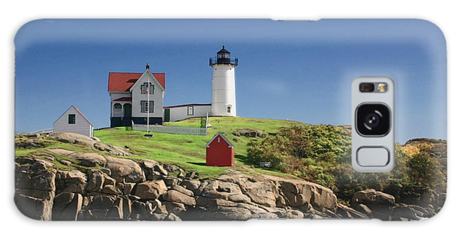 Maine Galaxy S8 Case featuring the photograph Maine Lighthouse by Dulce Levitz
