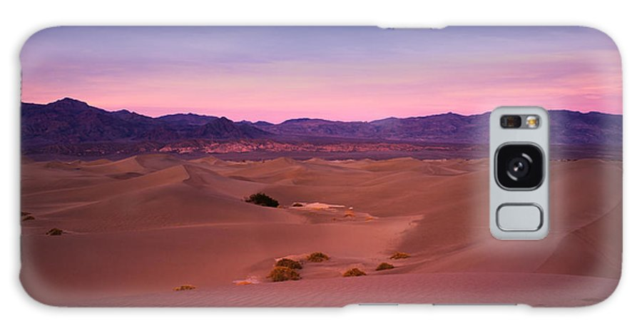 Mesquite Dunes Galaxy S8 Case featuring the photograph Mesquite Dunes by Tanya Harrison