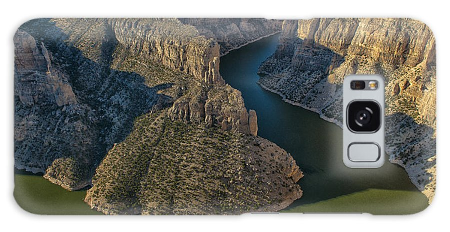 Landscape Galaxy S8 Case featuring the photograph Morning In Bighorn Canyon by Sandra Bronstein