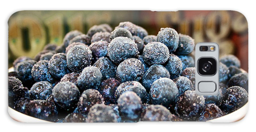 Blueberries Galaxy S8 Case featuring the photograph Nature's Candy by Susan Herber