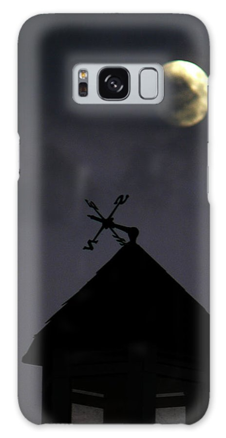 Weathervane Galaxy S8 Case featuring the photograph Navigate The Night by Natalie LaRocque