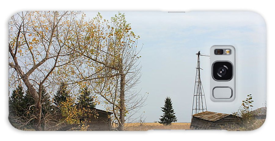 abandoned Buildings Galaxy S8 Case featuring the photograph Old Alberta Prairie Homestead by Jim Sauchyn