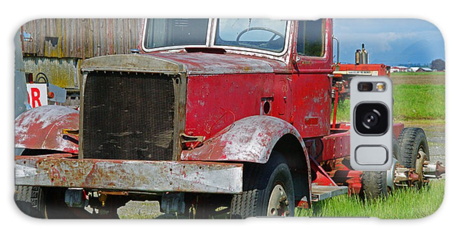 Trucks Galaxy S8 Case featuring the photograph Old Rusted Semi-truck by Randy Harris