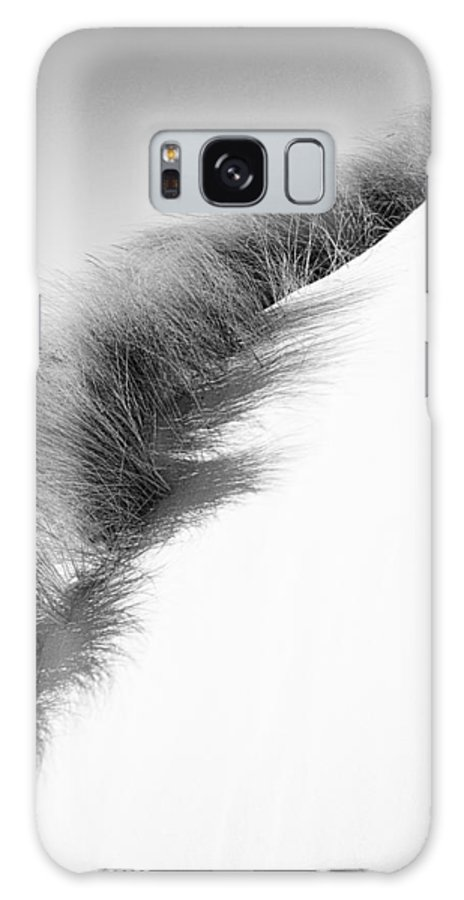 Black And White Art Galaxy S8 Case featuring the photograph Oregon Dune by Bonnie Bruno