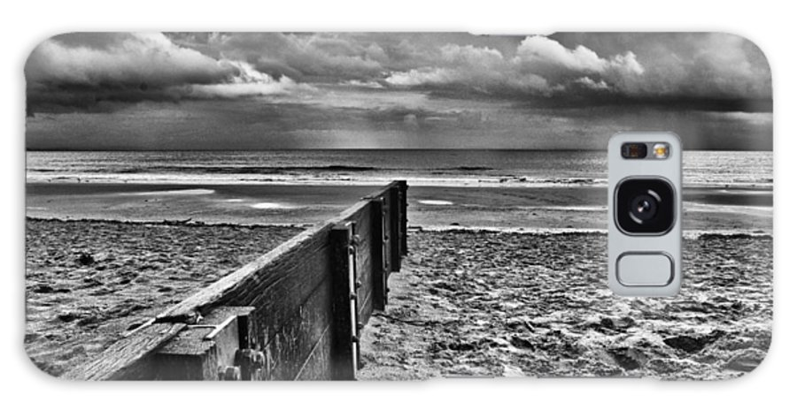 Groyne Galaxy S8 Case featuring the photograph Out To Sea Monochrome by Steve Purnell