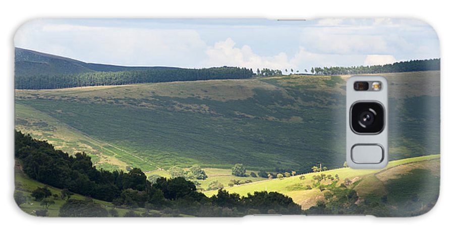 Britain Galaxy S8 Case featuring the photograph Pennine Way View by Andrew Michael
