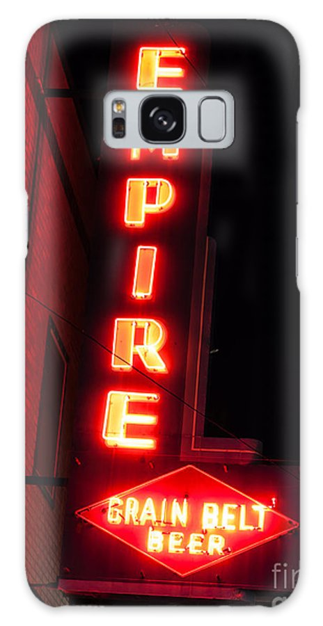 America Galaxy S8 Case featuring the photograph Picture Of Empire Tavern And Liquors Sign Fargo Nd by Paul Velgos