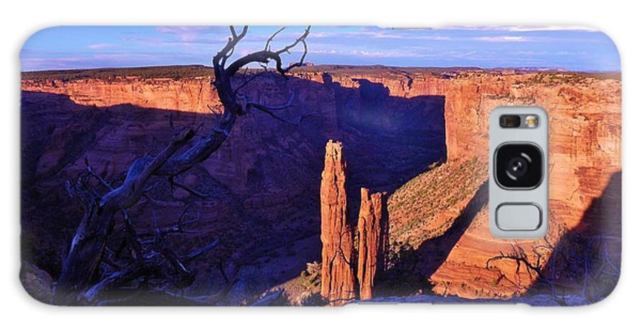 Canyon De Chelly Galaxy S8 Case featuring the photograph Spider Rock by John Wanserski