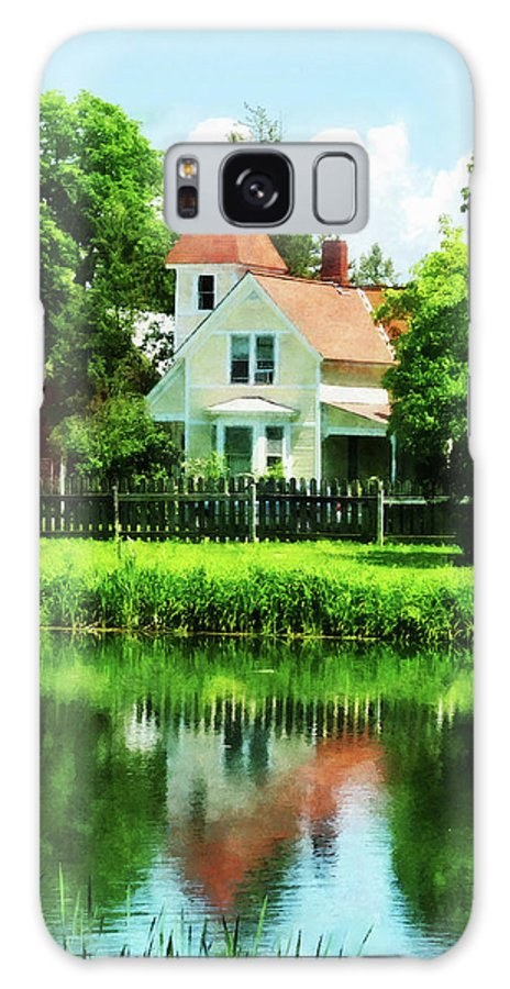 Lake Galaxy S8 Case featuring the photograph Suburban House With Reflection by Susan Savad