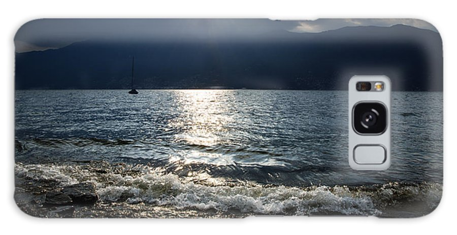 Sunlight Galaxy S8 Case featuring the photograph Sunlight And Waves by Mats Silvan