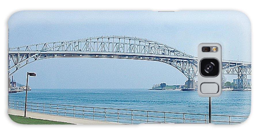 Usa Galaxy S8 Case featuring the photograph The Blue Water Bridge by LeeAnn McLaneGoetz McLaneGoetzStudioLLCcom