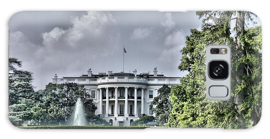 White House Galaxy S8 Case featuring the photograph The People's House by Arthur Herold Jr