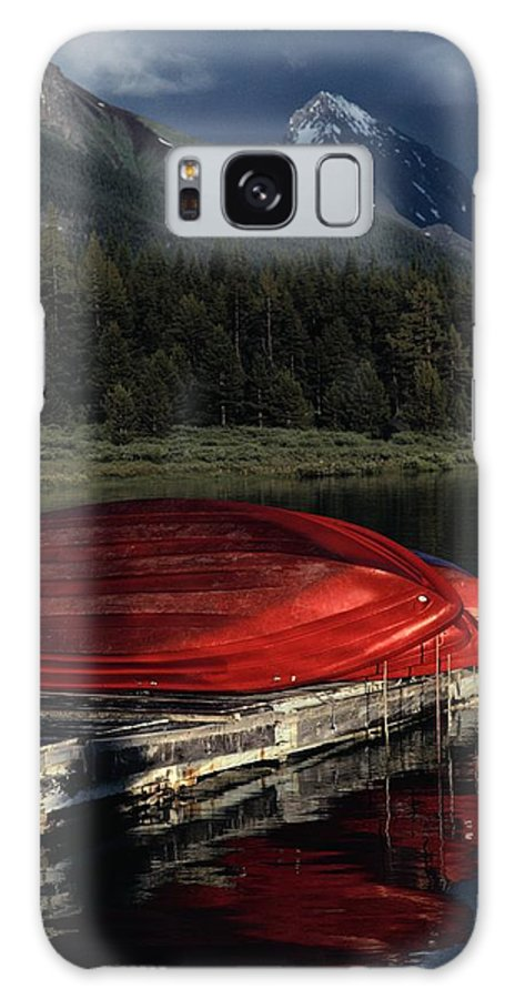 Maligne Lake Galaxy S8 Case featuring the photograph This Boathouse Has Catered To Anglers by Raymond Gehman