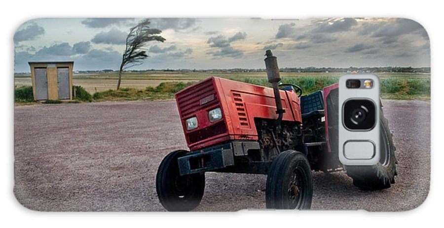Three Galaxy S8 Case featuring the photograph Three Wheeled Tractor by Andy Linden