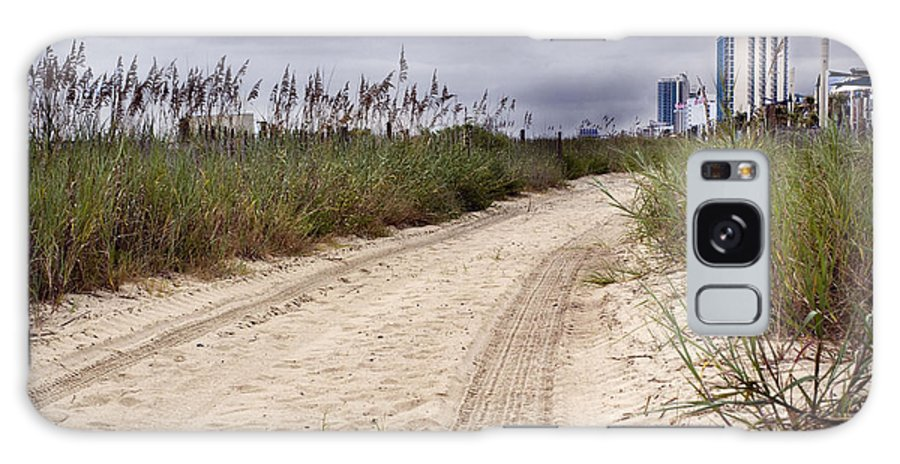 Beach Galaxy S8 Case featuring the photograph Tracks To The City by Lisha Segur