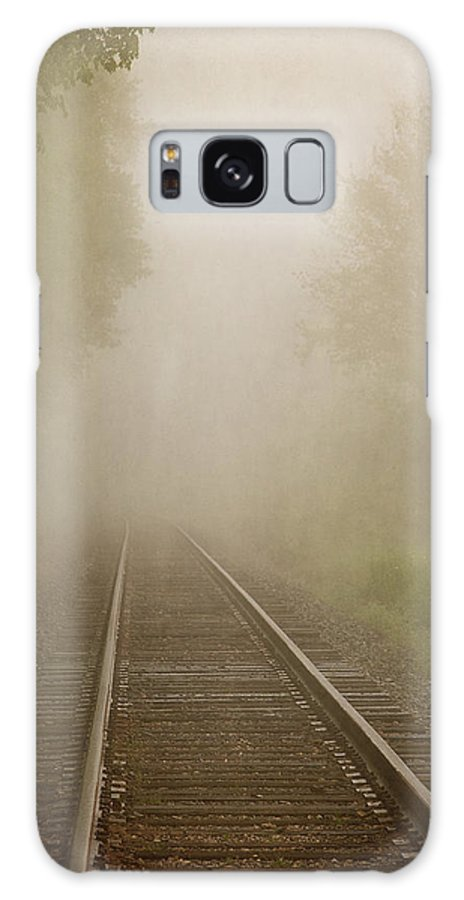 Railroad Galaxy S8 Case featuring the photograph Vanishing Into The Fog by Dale Kincaid