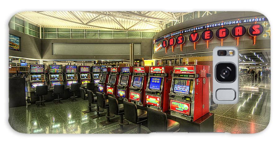 Yhun Suarez Galaxy S8 Case featuring the photograph Vegas Airport 2.0 by Yhun Suarez