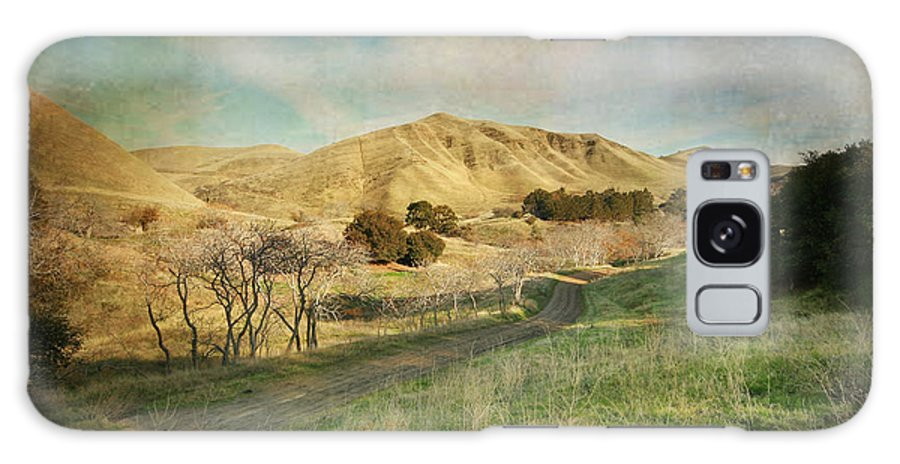 Black Diamond Mines Galaxy S8 Case featuring the photograph We'll Walk These Hills Together by Laurie Search