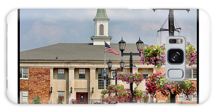 Willoughby Ohio Galaxy S8 Case featuring the photograph Willoughby City Hall by Jack Schultz