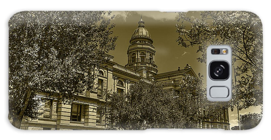 Hdr Galaxy S8 Case featuring the photograph Wyoming Capitol by David Bearden