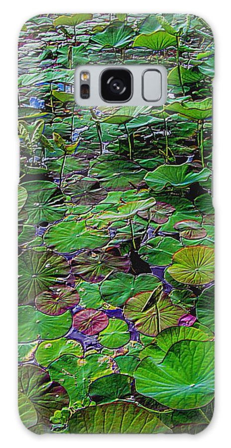 Water Plants Galaxy S8 Case featuring the photograph A Pretty Pond Full Of Lily Pads At A Water Temple In Bali. by Mark Sellers