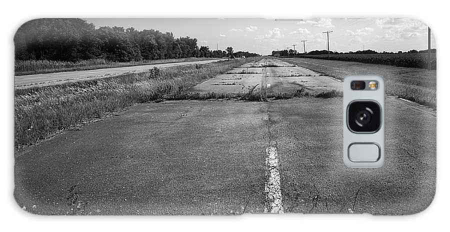 66 Galaxy S8 Case featuring the photograph Abandoned Route 66 by Frank Romeo