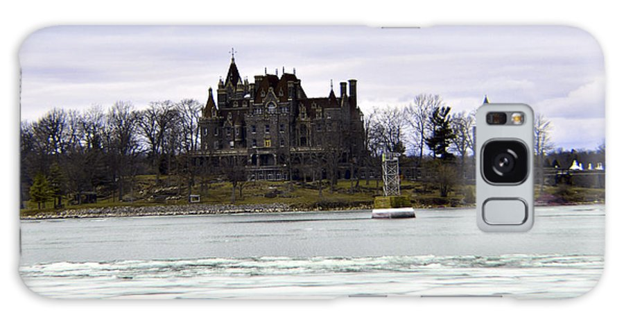 2 - 24 - 18 Galaxy S8 Case featuring the photograph Boldt Castle by Joseph F Safin