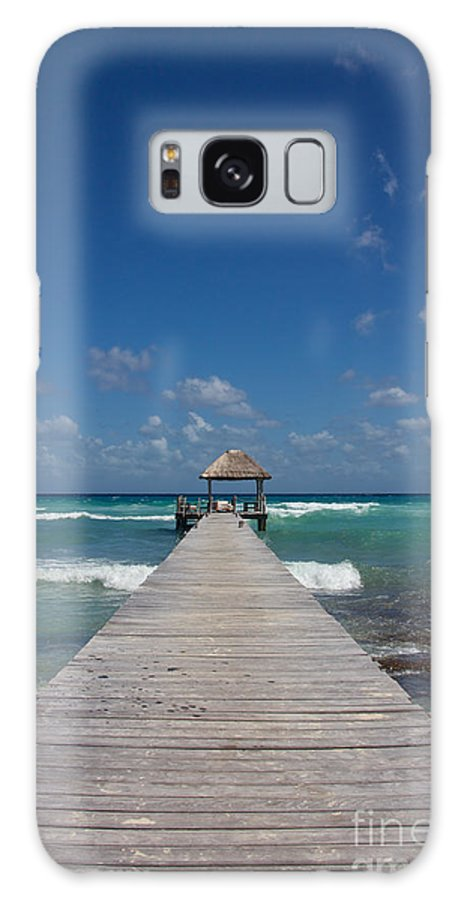 America Galaxy S8 Case featuring the photograph Caribbean Landing by Jannis Werner