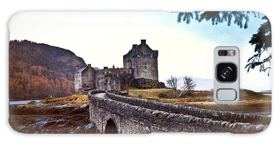 Castle Galaxy S8 Case featuring the photograph Castle Eilean Scotland by Douglas Barnett