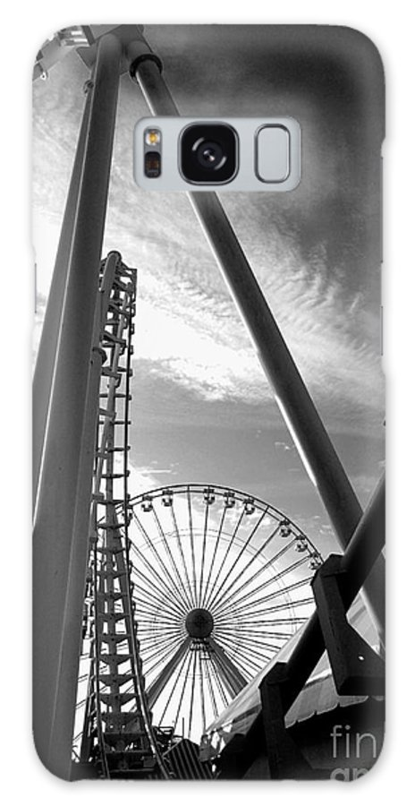 Bradley Galaxy S8 Case featuring the photograph Focus On The Ferris Wheel by Rich Despins