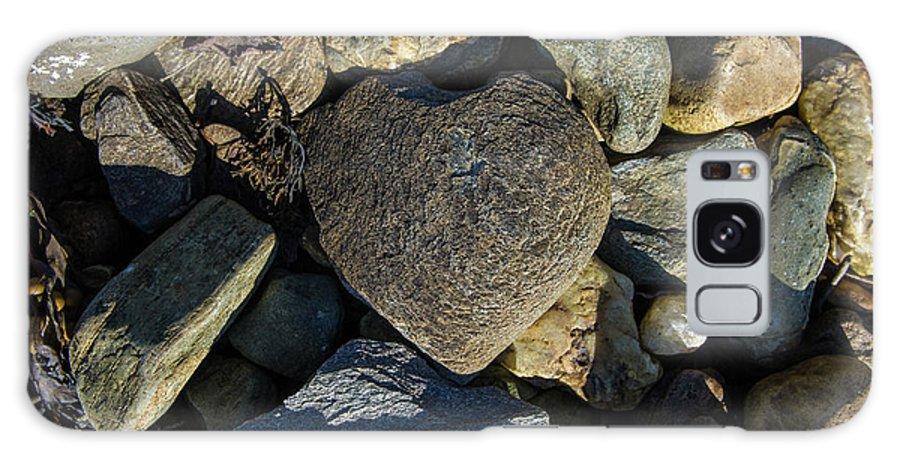 Loch Fyne Galaxy S8 Case featuring the photograph Heart Shaped Stone Loch Fyne by Gary Eason
