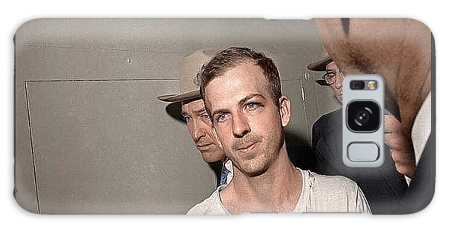 Lee Harvey Oswald Dallas Police Station Dallas Texas Unknown Photographer 1963 Galaxy S8 Case featuring the photograph Lee Harvey Oswald Dallas Police Station Dallas Texas Unknown Photographer 1963 by David Lee Guss