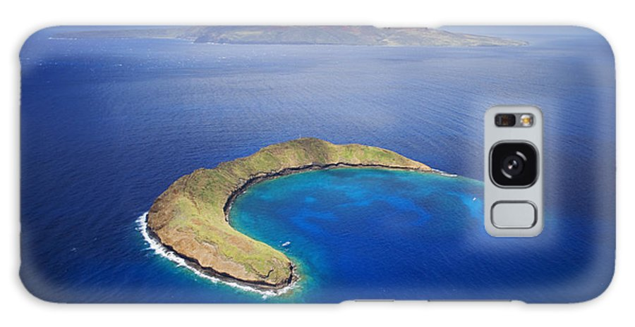 Above Galaxy S8 Case featuring the photograph Maui, View Of Islands by Ron Dahlquist - Printscapes